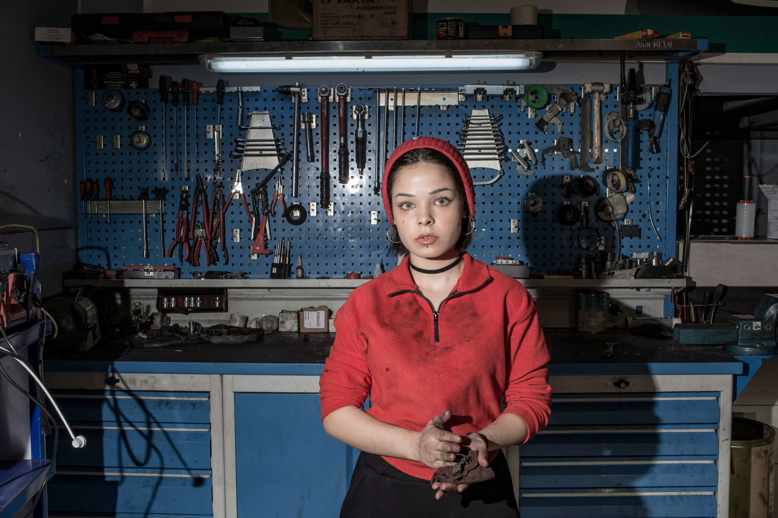 Kendi Tamirhanesini Açmak İsteyen 17 Yaşındaki 'Melike Nur' ve Hikayesi